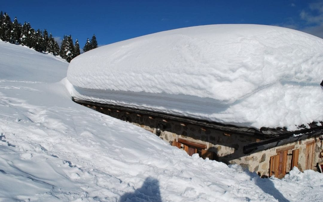 How to Remove Snow and Ice from your Roof Safely